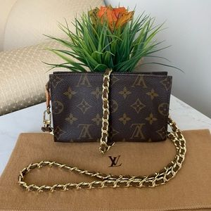 💯Authentic LOUIS VUITTON Pochette Crossbody